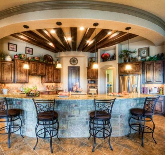 Beautiful traditional round kitchen kitchens pinterest for Beautiful traditional kitchens
