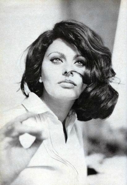 sophia_loren-1963-by_basch: