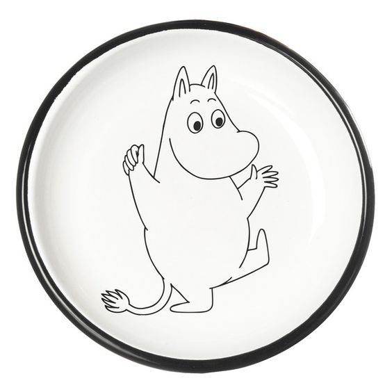 Moomintroll Enamel plate 18 cm  The Moomin Enamel plates are extremely durable and easy to take care of. This makes them the perfect plates for your home, your cottage or even your boat!