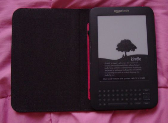 My Kindle goes everywhere with me!!