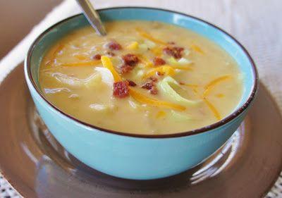Slow Cooker, Cheesy Potato and Leek Soup