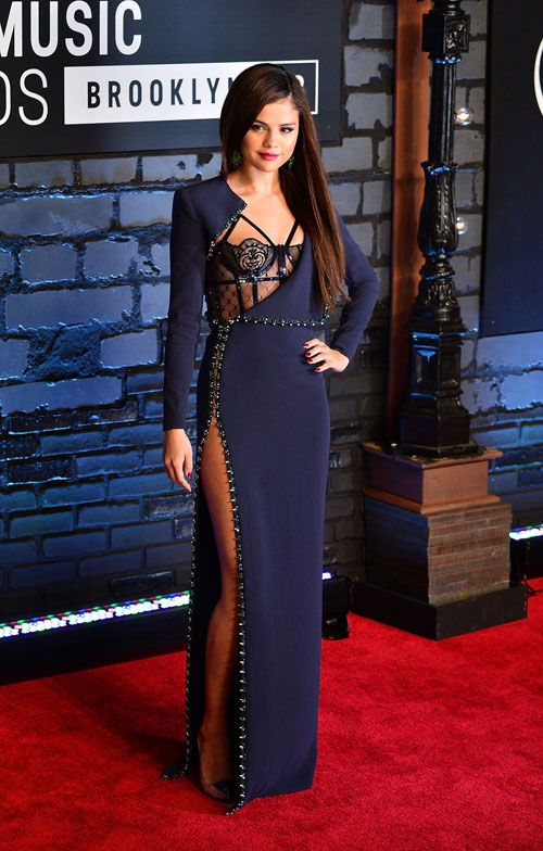 Image result for Selena Gomez in Atelier Versace - MTV Music Video Awards 2013