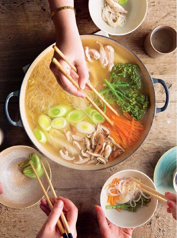 Mizutaki A Japanese Hot Pot Makanan Sehat Resep Masakan Asia Makanan Jepang