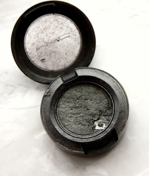 Genius. How to repair a broken eye shadow or probably any powdered makeup. I get so angry when my pressed powder, bronzer, blush, shadows, etc break because I'm a klutz.