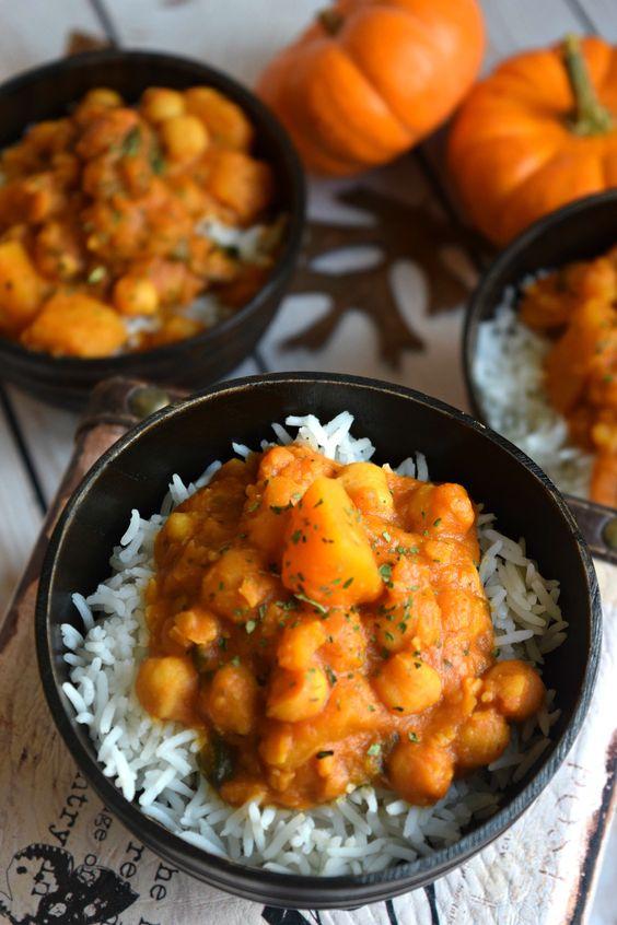 Noch besser mit Sweet Kabocha oder Hokkaido Kürbis! Butternut Squash & Kichererbse Thai Curry - Cookilicious