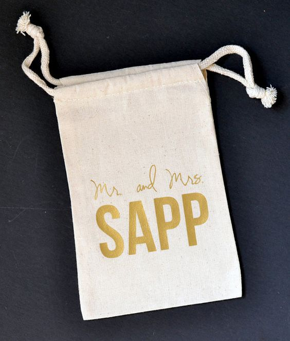 Personalized Large Muslin Pouch 5x8 - Wedding Favor Bags - Gold