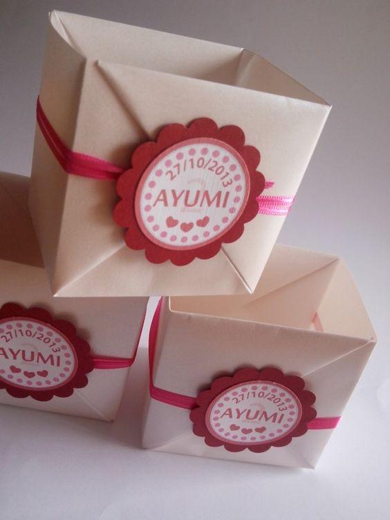 Cajita para souvenir. Origami box