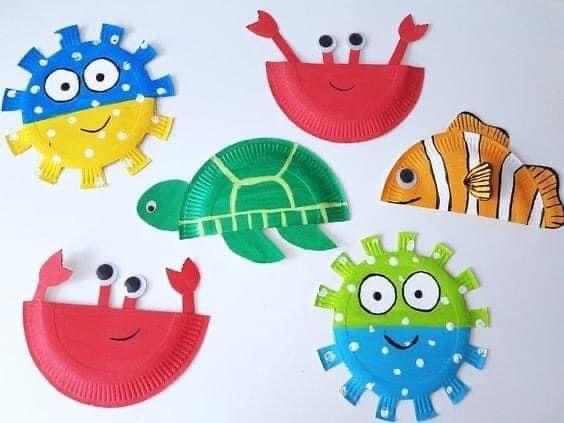 نشاط اعادة تدوير من اطباق الفل اصنعي لابنك اشكال فنية جميله محببة للاطفال Paper Plate Fish Paper Plate Crafts Fish Crafts