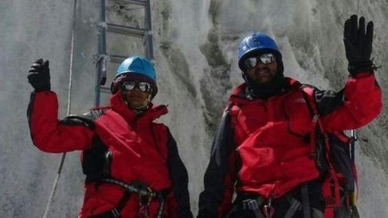 Alpinistas que fingieron subir al Everest reciben su castigo