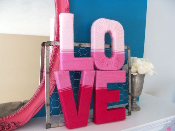 DIY Yarn Letters...wouldn't this be great to do a monogram letter wreath for your front door in!!!