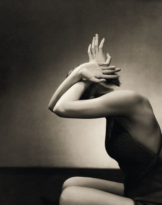 Edward Steichen ; Couverture pour le magazine « Vogue » ; Date de parution : 1934