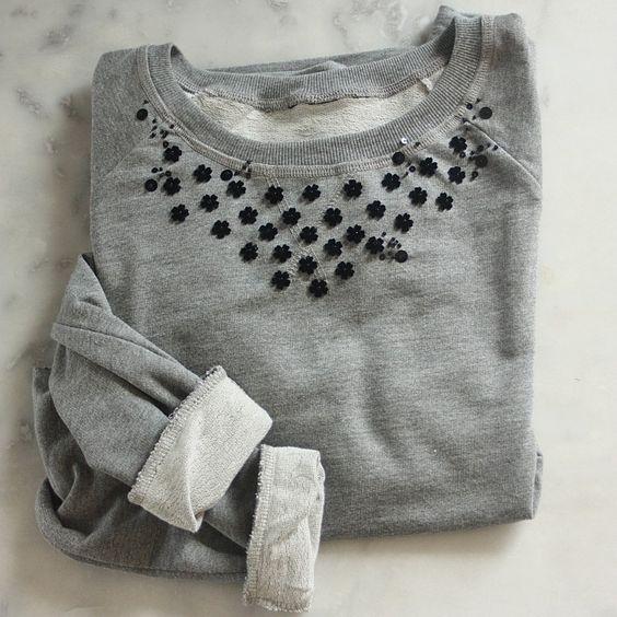 diy broderie diy customiser un sweat broder des fleurs broder des perles broder des sequins. Black Bedroom Furniture Sets. Home Design Ideas