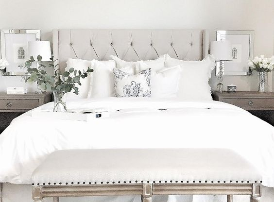 White Bedding Styling Ideas. White Bedding. Bedroom with white bedding. White…