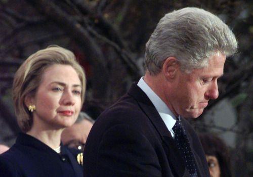 Trump, Clinton face first test as Iowa kicks off US voting... #BillClinton: Trump, Clinton face first test as Iowa kicks off… #BillClinton
