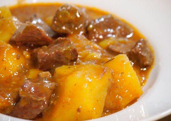 Carne con papas - Conexión Cubana
