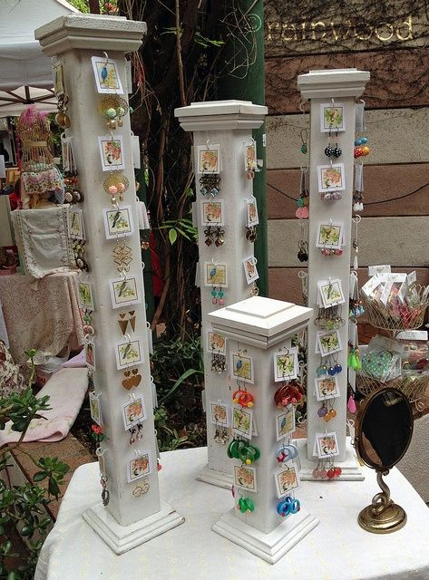 Fantastic idea easy DIY craft show displays - 3x3 or 4x4 wood posts with endcaps & screw-in cup hooks to hold earring sets cards