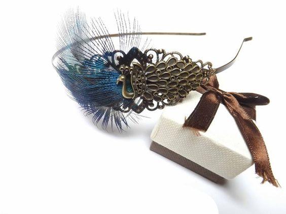 """Serre-tête steampunk bronze plume de paon, """"La parade du paon"""""""