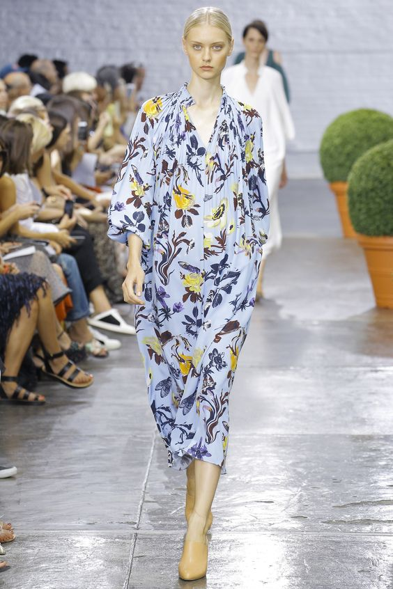 Tibi Spring 2017 Ready-to-Wear Fashion Show