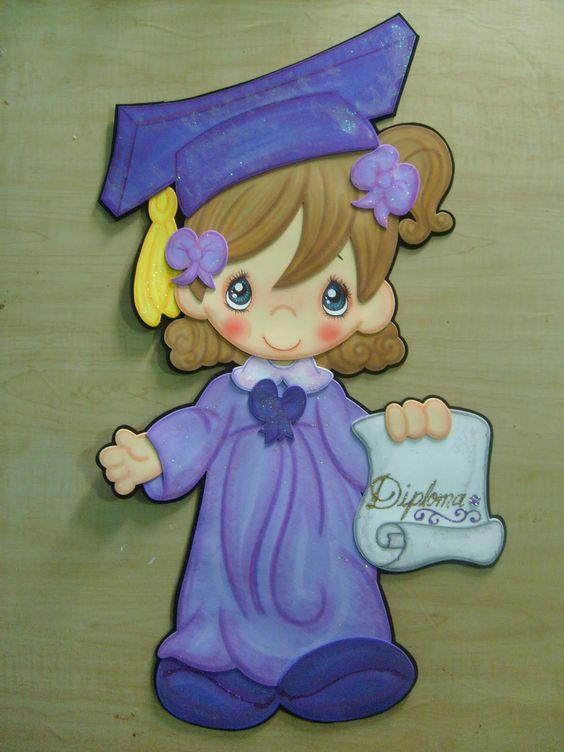 de niña con birrete y toga azul morado con diploma en más diseño de