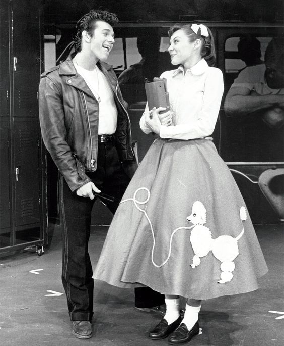 Adrian Zmed and Andrea Walters in a 1972 Broadway production of Grease.
