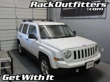 Jeep Patriot w/Raised Rails Thule Crossroad Square Bar Base Roof Rack