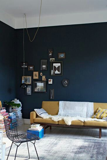 Dark blue Walls are so gorgeous!