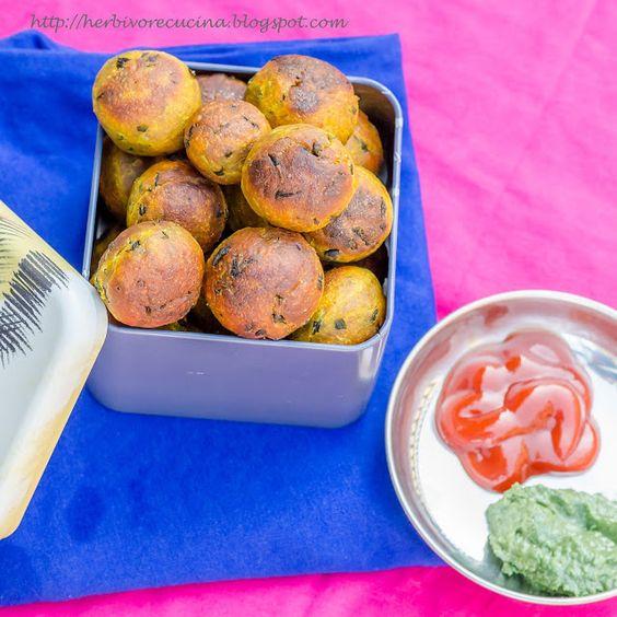 Non-fried Methi Muthiya   Fenugreek Dumplings