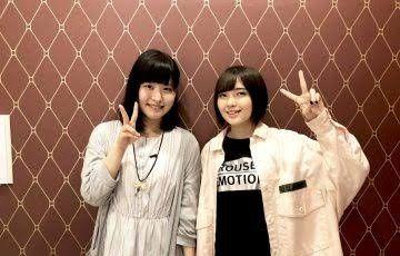 白い洋服の岩橋由佳さんと鬼頭明里