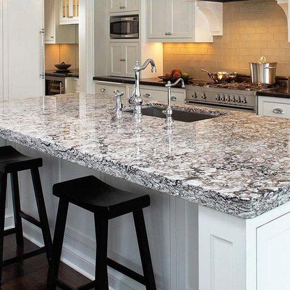 Quartz Countertop Kitchens: Bellingham - Cambria