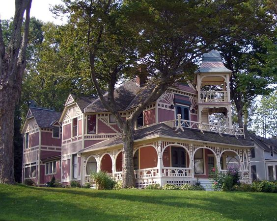 Bayview home in Petoskey, mi