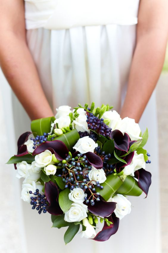 Wedding Bouquet by Wolfgang Cavanagh, via 500px