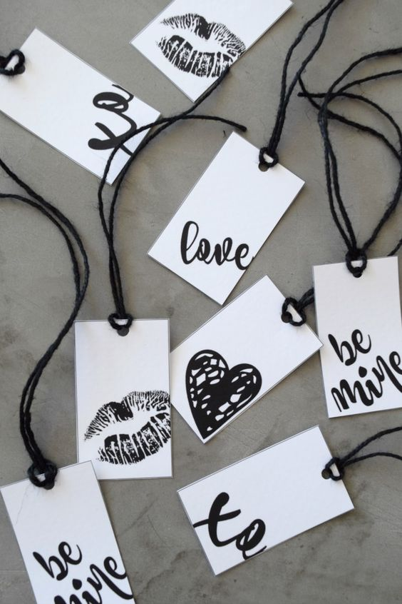These black and white Valentine's Day gift tags will bring a touch of sophisticated chic to your V Day present!