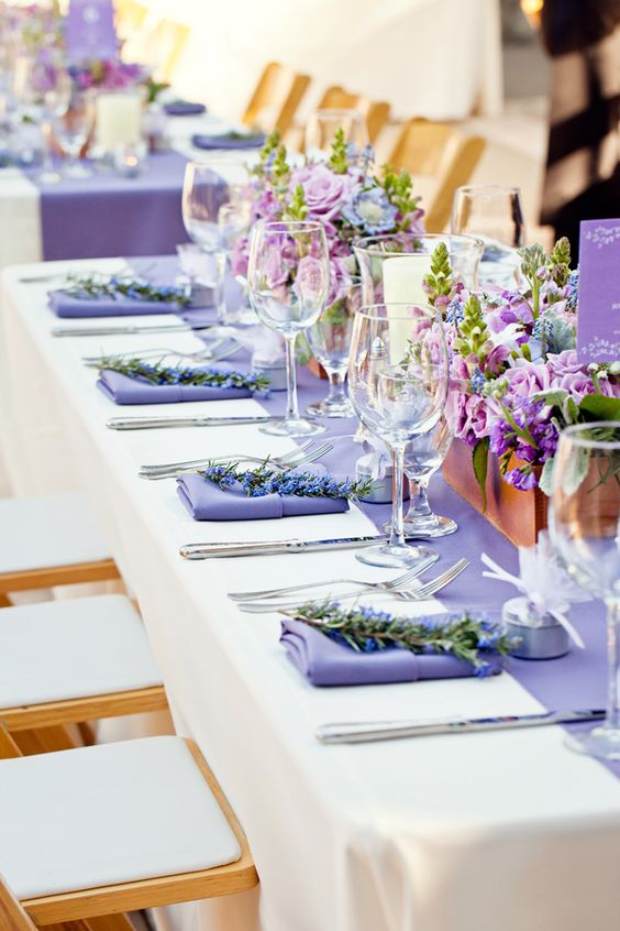 lovely table...Lavender Sprigs: