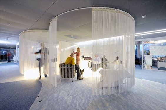 Google Office Zurich con cortinas antimosquitos: