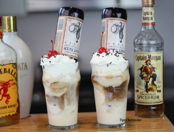 Not Your Fathers Root Beer Float - For more delicious recipes and drinks, visit us here: www.tipsybartender.com: