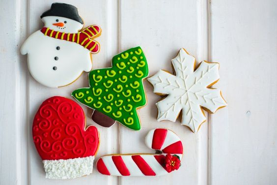 Christmas Cookies to Make | Christmas Sugar Cookies - Christmas Inc.  #christmas #christmastime #christmasgifts #xmas #xmastime #xmasgifts #christmascookies #christmasfood #christmasideas #christmasrecipes #christmasrecipe #sugarcookies #baking #christmasbaking #christmasidea #christmasfavors #christmasfavours #bakingideas #foodblog #foodblogger #christmasblog #christmascountdown #yum #love #christmasiscoming #christmasinc