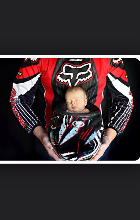 Can not wait to have a baby boy to have this picture taken!  Adorable!