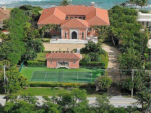 Listing of the Week: A greatest great room in Florida (photo credit: Trulia)  http://nbcnews.to/PDWW6S
