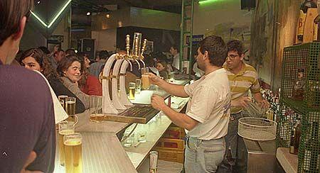 La movida de los 80, desde hoy en Santiago con 'Galicia Caníbal'
