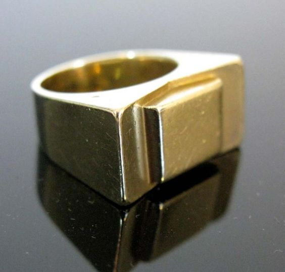 9K GOLD SIGNED MID-CENTURY MODERNIST RING - by E. M. Wallace Auctions & Appraisals