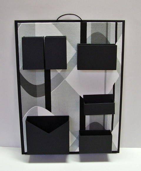 Organizzatore forniture per ufficio parete. Cartone con rivestimento in tessuto stampato e carta. Ideale per non occupare spazio nella vostra scrivania. R $ 75,00: