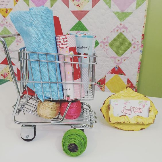LynnMade, fabric, shopping cart, sewing, quilting: