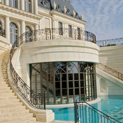 Ch teau louis xiv louveciennes france i pools for Chateau louis 14 louveciennes