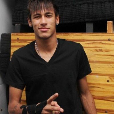 """Neymar perde o voo para se apresentar pela seleção após festa da """"Dança dos Famosos"""""""