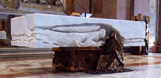 Mesa de Altar. Basílica de Nossa Senhora da Nazaré, Belém do Pará, Brasil