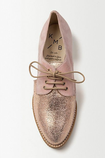 The perfect pink brogue