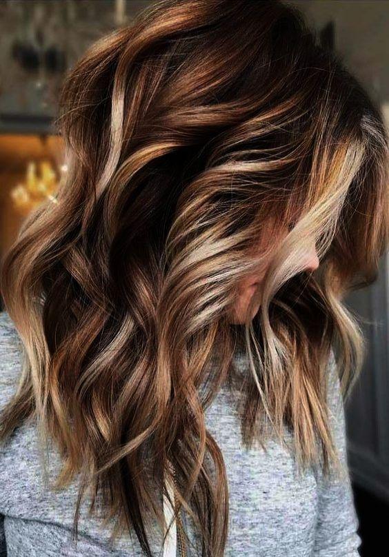 25 Subtle Hair Color Ideas For Brunettes Brunette Color Colored Hair Tips Brunette Hair Color