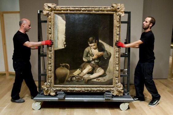 En casi todos los grandes museos del mundo se podría encontrar un lienzo de Murillo, el artista que pintó por para y desde Sevilla, que se inspiró en sus cielos azules para recrear