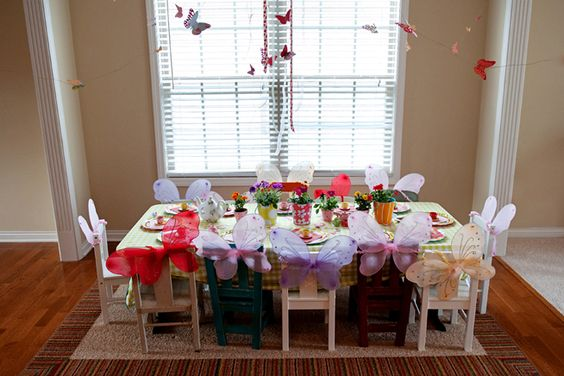 Butterfly Tea Party... I so want to do this with Lily when she gets bigger!!!