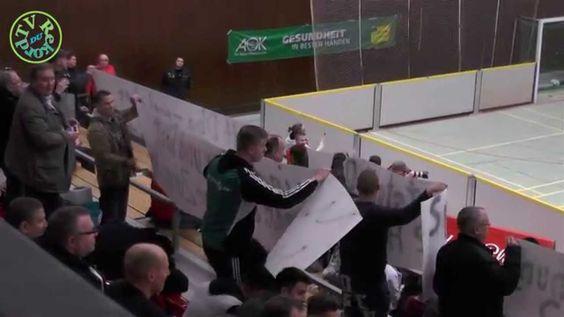 Protest DJK Wanheimerort bei den Duisburger Hallen-Fußball Stadtmeisters...